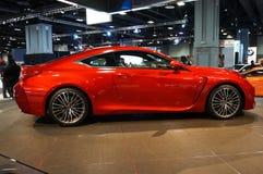 Nätt röd Lexus RC F sportbil Royaltyfria Bilder