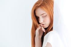 nätt redheadkvinna Royaltyfria Foton