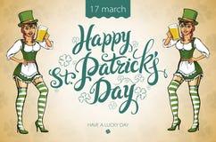 Nätt trollflicka med öl, Sts Patrick design för daglogo med utrymme för text, Royaltyfria Bilder