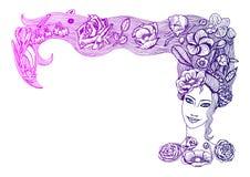 Nätt vårflickaframsida med härliga blommor i långt hår, i rosa och purpurfärgad lutning, på vit bakgrund royaltyfri illustrationer