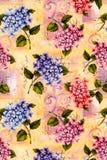 Nätt vanlig hortensiatappningwallpaper Arkivbild