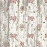 Nätta sjaskiga rosor på målat trä Arkivbild