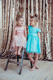 Nätta små flickor Arkivbilder