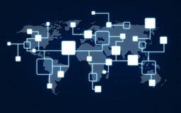 Nätverk och världskarta över mörker - blå bakgrund royaltyfria bilder