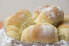 Något nytt bröd på tabellen Arkivfoto