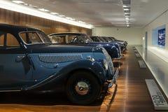 Några av de gamla modellerna av BMW Arkivfoto
