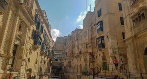 Några byggnader i Valletta, Malta royaltyfri fotografi