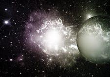 Nébuleuse d'étoiles, de poussière et de gaz dans une galaxie lointaine image libre de droits