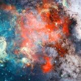 Nébuleuse et étoiles dans l'espace extra-atmosphérique Éléments de cette image meublés par la NASA photographie stock