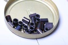 Négatifs d'archives de film dans une boîte ronde en métal Photos libres de droits