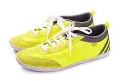 Néo- chaussures jaunes d'Adidas Photos stock