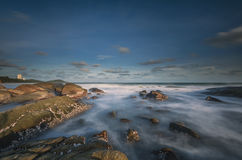 Névoa do mar da rocha Imagens de Stock
