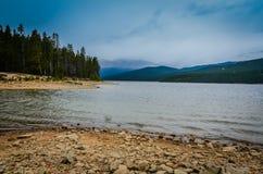 Névoa - lago turquoise - San Isabel National Forest - Colorado fotos de stock