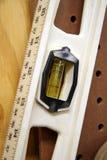 Nível de um carpinteiro Fotos de Stock Royalty Free