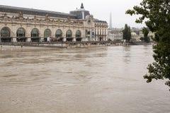 Nível elevado de água no Seine fotografia de stock royalty free