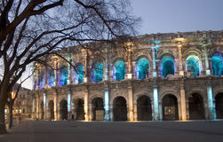(Nîmes) roman Arena NÃimes 's nachts, Frankrijk, Europa Royalty-vrije Stock Afbeelding
