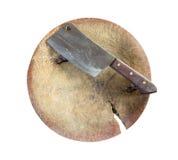Nóż na drewnianym bloku Odizolowywający na białym tle z odbitkowym spac Zdjęcia Royalty Free