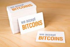 Nós aceitamos bitcoins Fotos de Stock Royalty Free