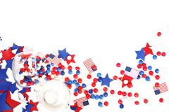 Nós Dia da Independência, o 4 de julho, Memorial Day, patriotismo e veteranos, o feriado do país, bandeiras e branco-b de papel s Imagem de Stock