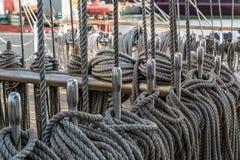 Nós e cordas marinhos Fotografia de Stock Royalty Free