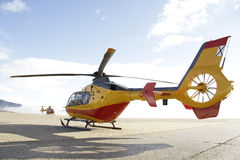 Nöd- helikopter arkivfoton