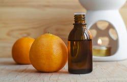Nödvändig mandarinolja arkivbild