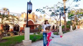 Nöje från familjferier i Egypten lager videofilmer