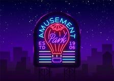 Nöjesfältlogo i neonstil Designmall med en ballong Neontecken, ljust baner, designbeståndsdel, ljus natt Arkivfoto