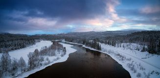 Nördliche Landschaft des Winters von Nord-Norwegen, Grong-Bereich stockfotografie