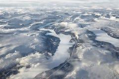 Nördlicher Polarkreis - gefrorene Länder und Flüsse lizenzfreie stockbilder