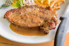 nötkött grillad steak Arkivfoto