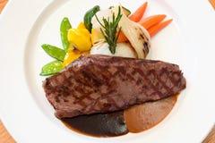 nötkött grillade steaks fotografering för bildbyråer