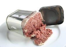 nötkött konserverad öppen tin Arkivbild