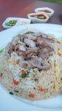 nötkött stekt rice royaltyfria foton