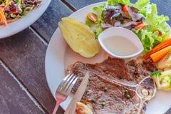 Nötköttbiffar Fotografering för Bildbyråer
