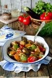 Nötköttragu med grönsaker arkivfoto