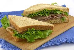 nötköttsteksmörgås Arkivfoton