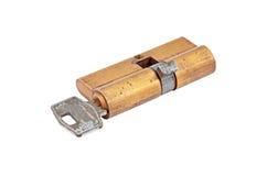 Núcleo do cilindro da fechadura da porta com chave imagem de stock