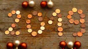 Número 2019 con las monedas fotos de archivo libres de regalías