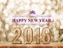 Número da madeira do ano novo feliz 2016 na sala da perspectiva com sparkli Fotografia de Stock Royalty Free