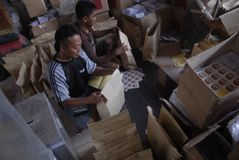 NÚMERO DE LAS ELECCIONES LOCALES 2015 DE INDONESIA DE VOTANTES Imagen de archivo libre de regalías