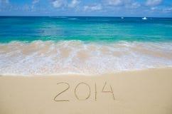 Número 2014 en la playa Imágenes de archivo libres de regalías
