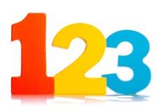 Números coloridos de madera 1 2 3 Foto de archivo