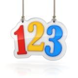 Números coloridos 123 que cuelgan en el fondo blanco Fotos de archivo