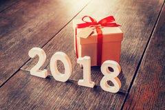 Números de madeira que formam o número 2018, pelo ano novo 2018 sobre Imagens de Stock Royalty Free