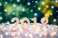 Números de madera que forman el número 2018, por el Año Nuevo y el chr Fotografía de archivo libre de regalías