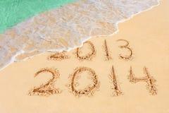Números 2014 en la playa Imágenes de archivo libres de regalías