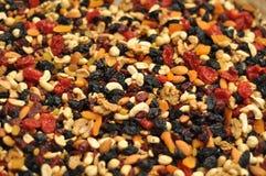 Nüsse und Rosinen Stockbilder