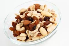 Nüsse und Rosinen Stockfotos