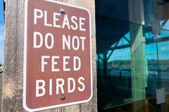 N'alimentez pas les oiseaux Photo libre de droits